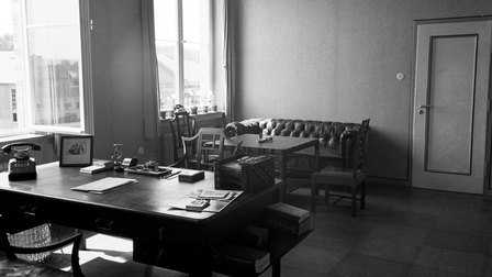 1938: The office of Ferdinand Porsche in Werk 1