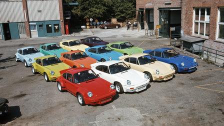 Porsche 1974: Twelve 911 Carrera RSR 3.0 standing