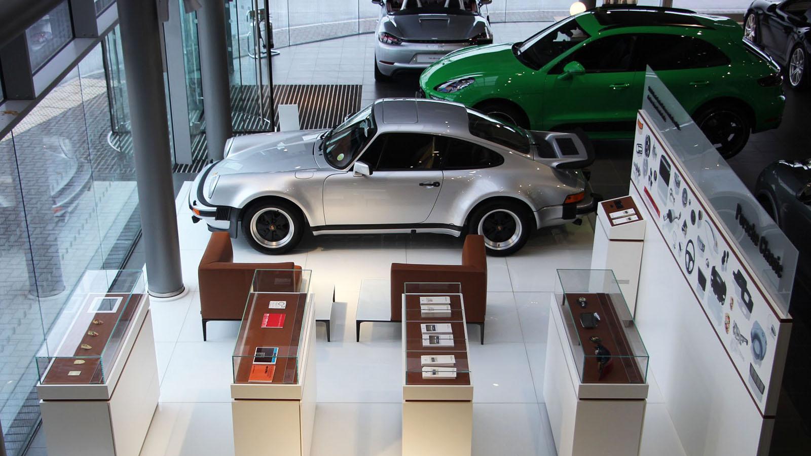 Porsche Centre Glasgow