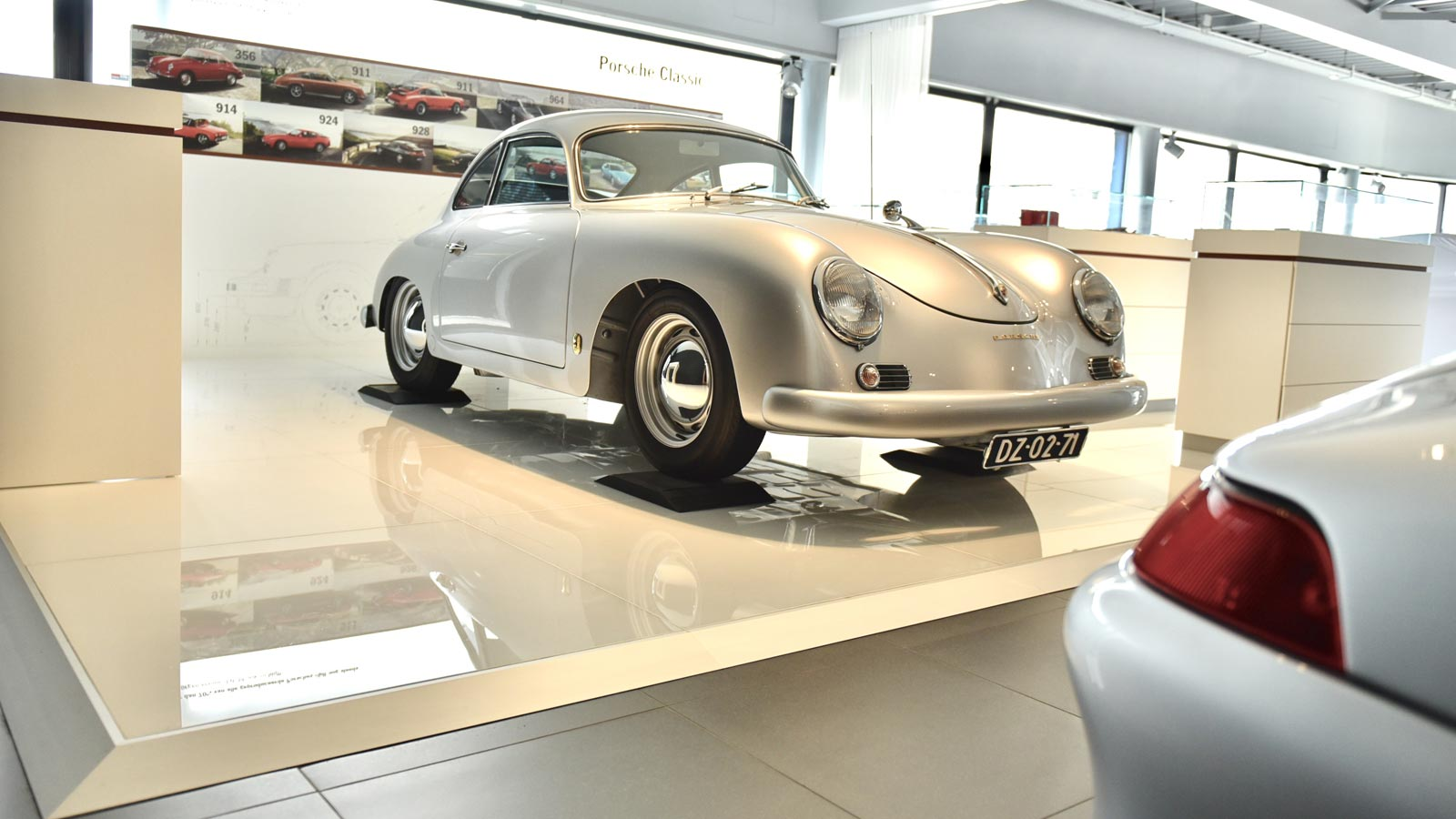 Porsche Centre Rotterdam